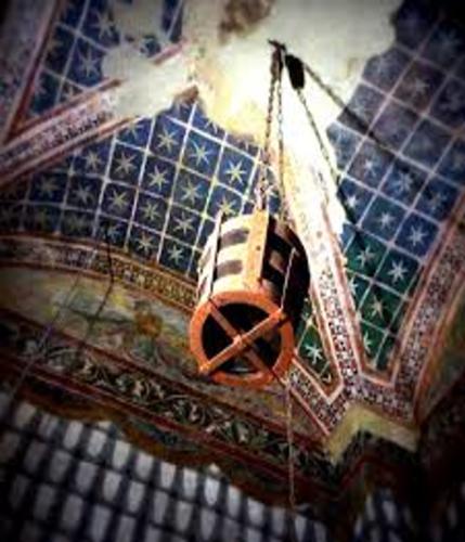 La secchia nella Torre della Ghirlandina a Modena