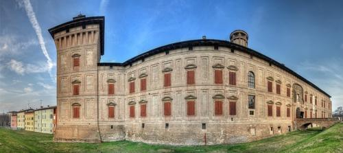 La rocca di Scandiano (RE) al centro dell'omonimo feudo aggregato al Ducato Estense di Modena e Reggio.