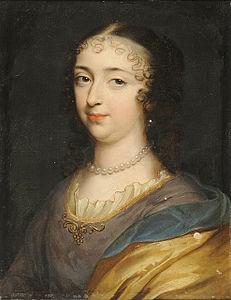 All'epoca del viaggio di Luigi,  titolare del Ducato di Modena era Francesco II° d'Este, di soli cinque anni. Fungeva da Duchessa reggente sua madre, Laura Margherita Martinozzi-Mazzarino, una delle nipoti (les mazarinettes) del Cardinale Mazzarino primo ministro di Luigi XIV, il Re Sole.