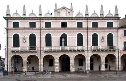 01 - Palazzo Zacco, la facciata