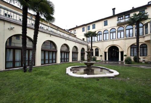 08 - Palazzo Zaccco, il cortile interno