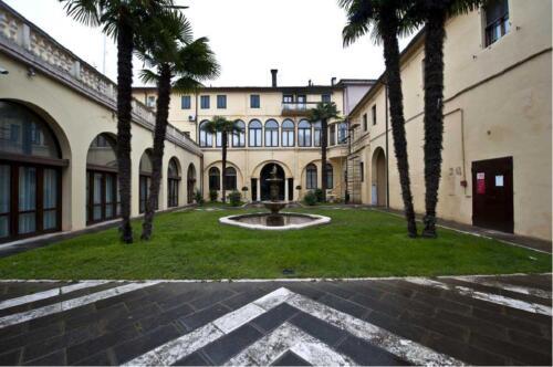 09 - Palazzo Zacco, il cortile interno