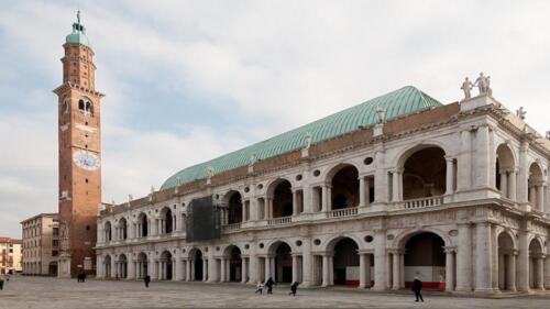 12 - Vicenza, Piazza dei Signori e Basilica Palladiana