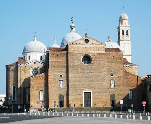 Fig. 03. Padova, Basilica di Santa Giustina (1) (1)
