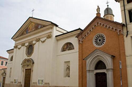 Foto 02 - Chiesa di Santa Lucia a Vicenza (1)