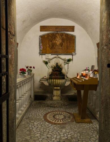 03 - Monteortone La grotta dell'acqua miracolosa (Colli Euganei)